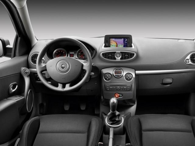 Renault Clio III (2009>) rest.