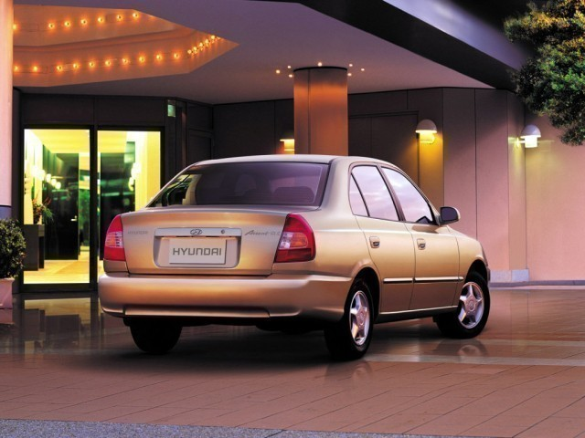 Hyundai Accent (1999>)