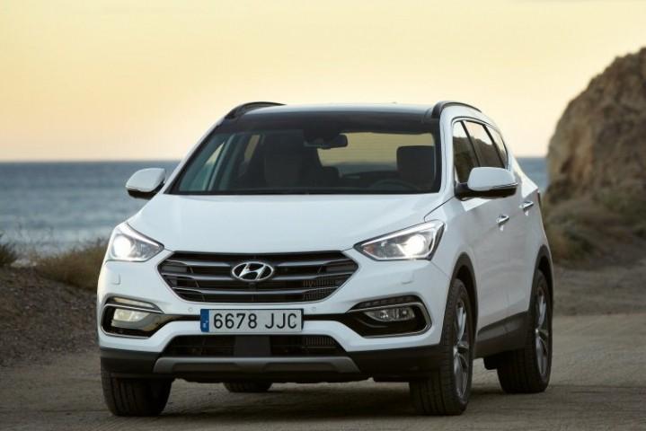 Hyundai Santa Fe III (2015>) DM rest.