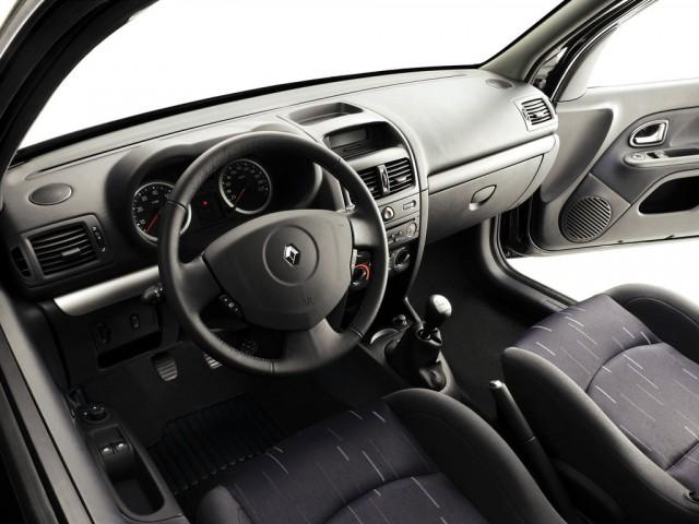 Renault Clio II rest. (2001>)