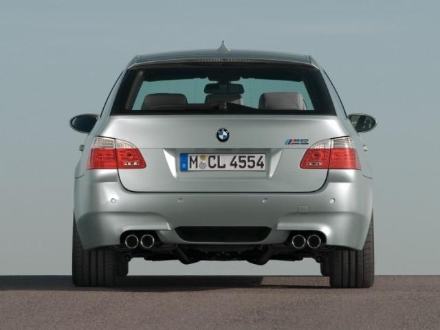 BMW 5 серии (2003-2011) E60-E61