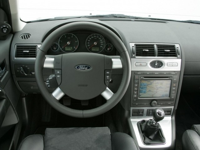 Ford Mondeo III (2000-2007)