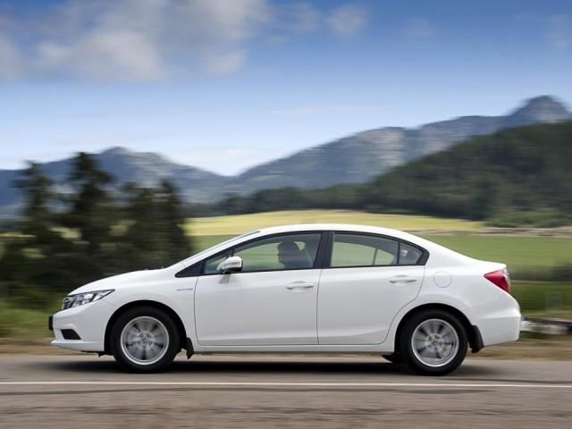 Honda Civic IX 4D (2012-н.в.)