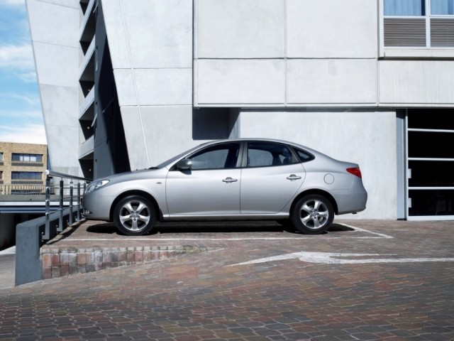 Hyundai Elantra IV (2006-2011)