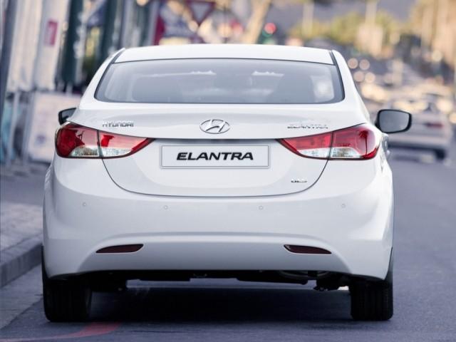 Hyundai Elantra V (2011-2012)