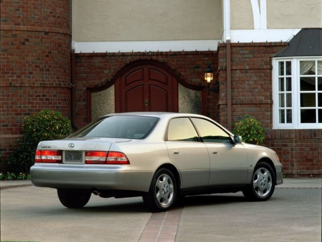 Lexus ES серии III (1997-2001)