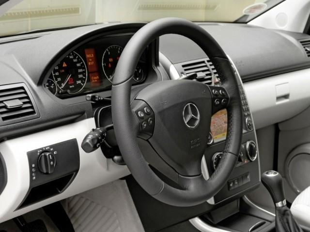 Mercedes Benz A класс (2004-2011) W169