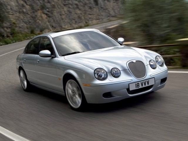 Jaguar S-type (2002–2008)