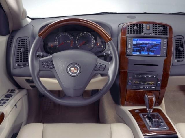 Cadillac SRX (2004–2009)