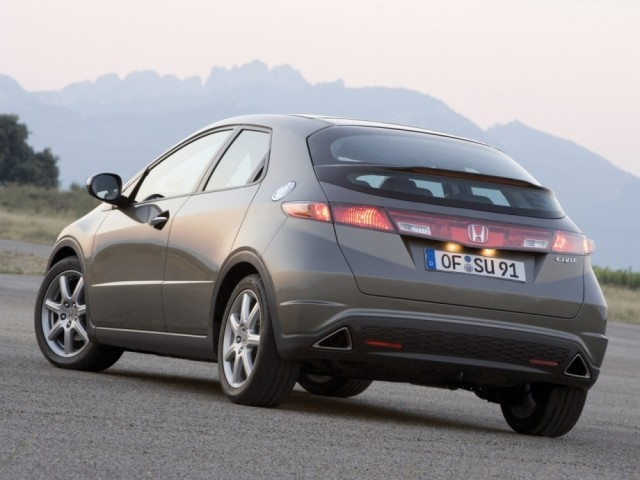 Honda Civic VIII 5D (2006-2012)