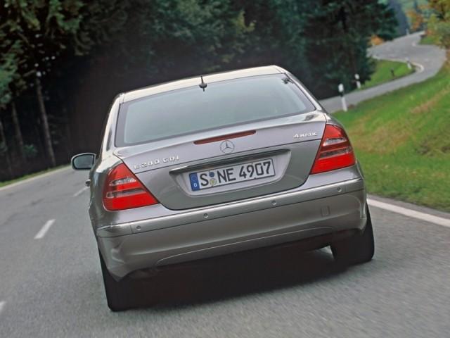 Mercedes Benz E класс (2002-2009) 211