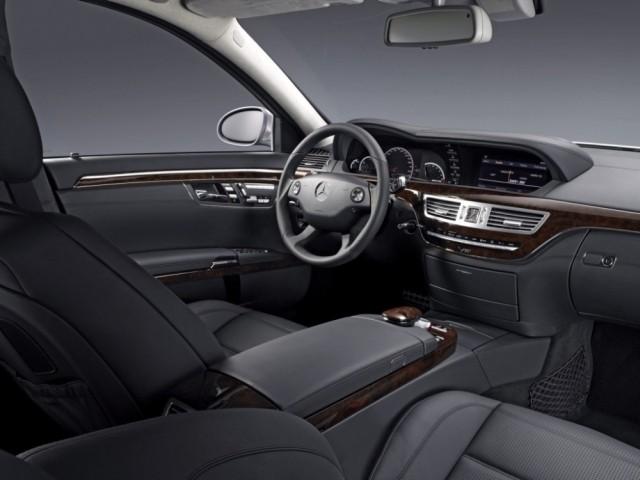 Mercedes Benz S класс (2005-2013) 221
