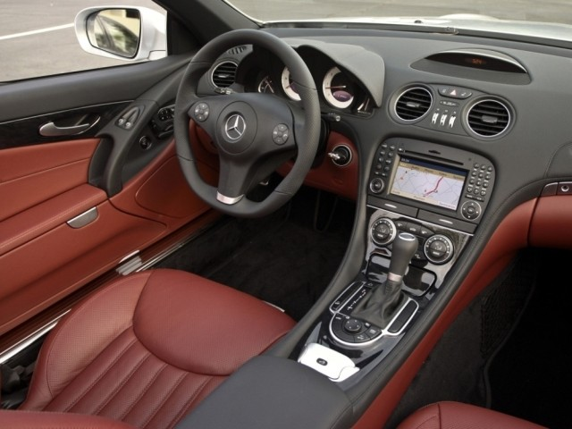 Mercedes Benz SL класс (2001-2011) R230
