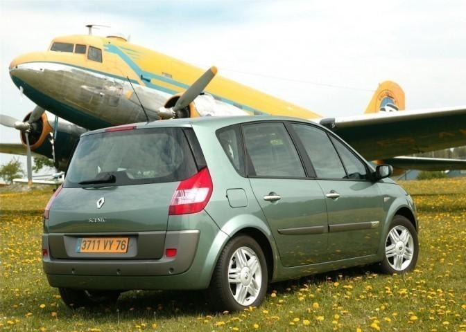 Renault Scenic II (2002>)