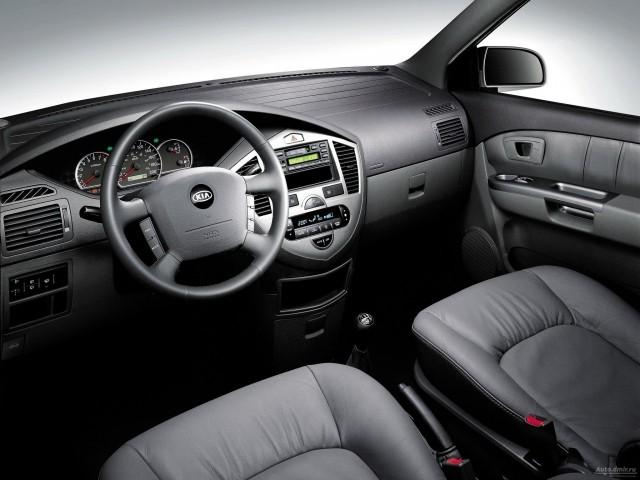 Kia Carens II (2002-2005)