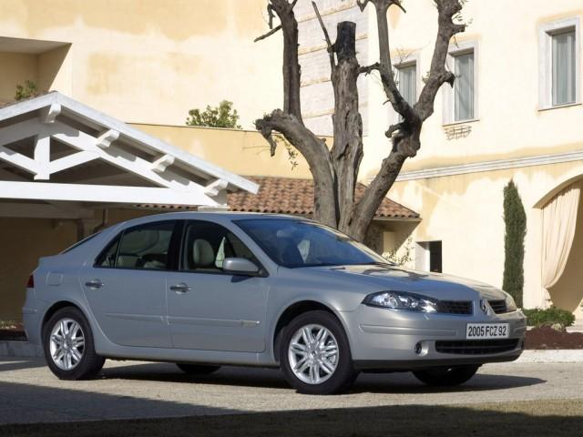 Renault Laguna II (2001>)