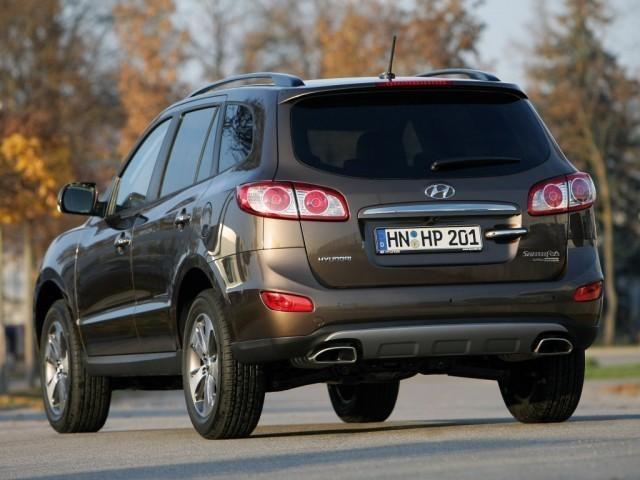 Hyundai Santa Fe II (2010>) CM rest.
