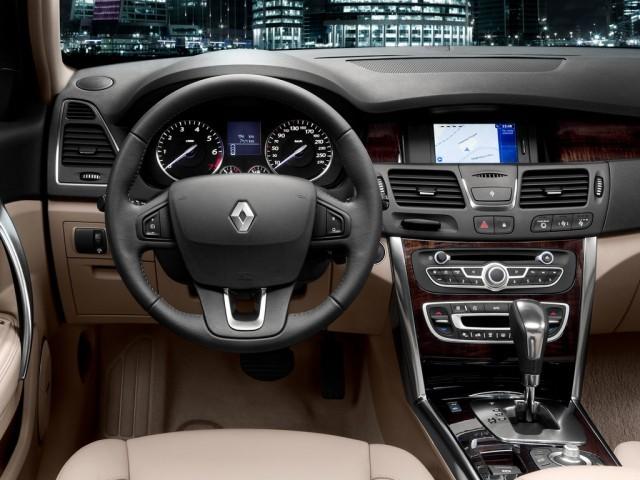 Renault Latitude (2010>)
