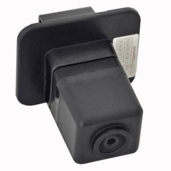 Камера заднего обзора Subaru XV - Incar VDC-105
