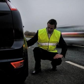 Правило о светоотражающих жилетах для водителей вступило в силу.