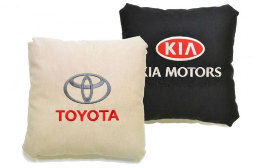 Подушки с марками авто