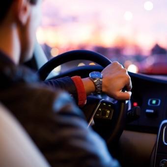 Минтранс разделит водителей на любителей и профессионалов.